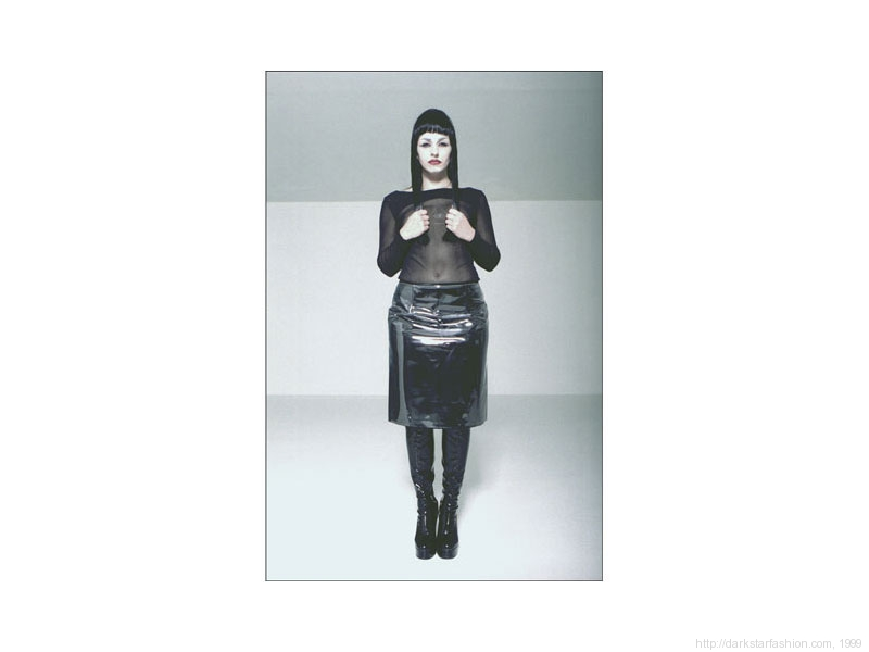 Black eye triangle in top - Nylon collection - Dark Star fashion - 1999
