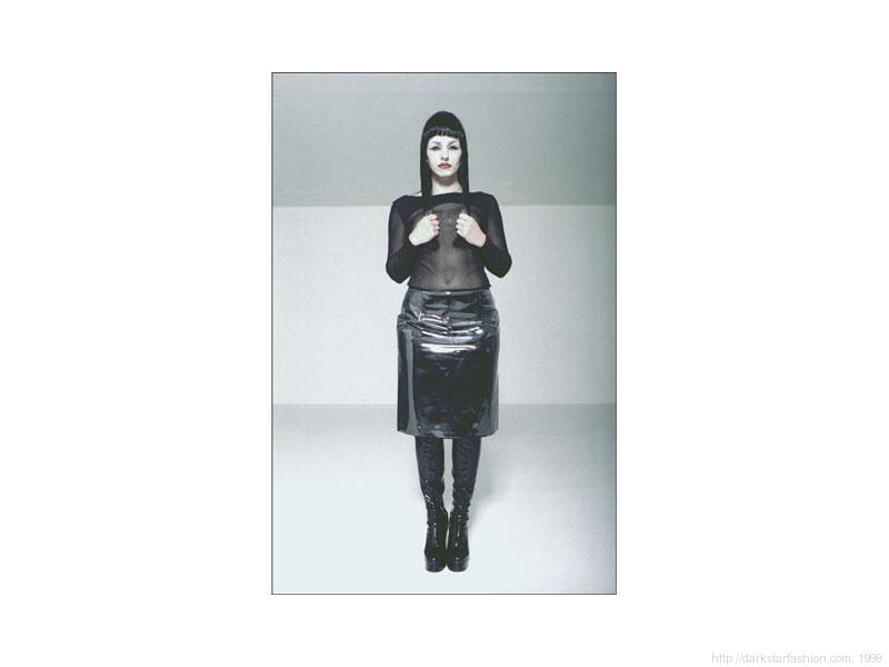 Black eye triangle in top - Nylon collection - Dark Star fashion - 1999